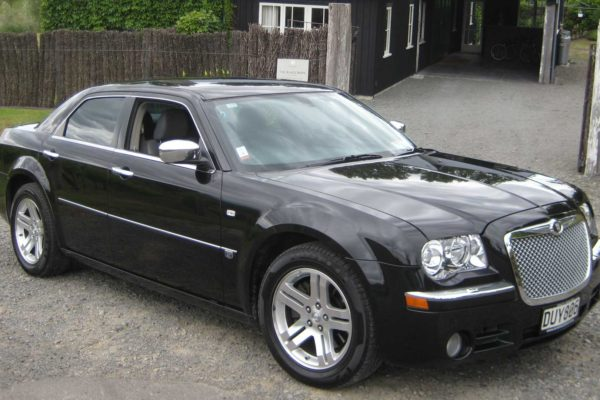 Chrysler-300C-at-Black-Barn